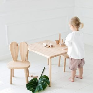 Little Nomad table and chairs