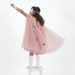 Children's dressing up cape