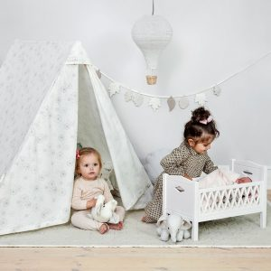 Cam Cam Copenhagen 2 in 1 play gym / tent