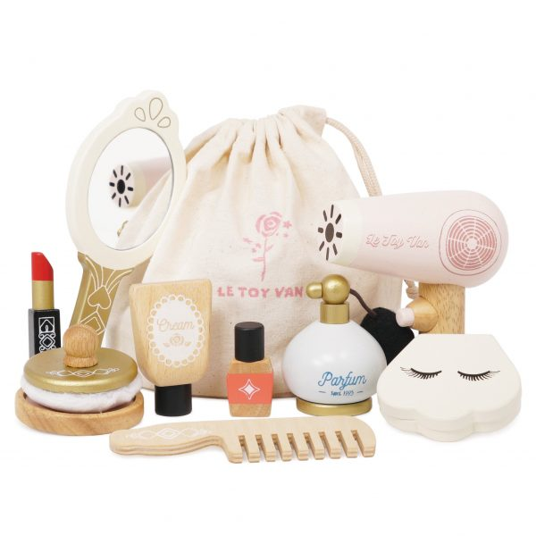 wooden beauty bag