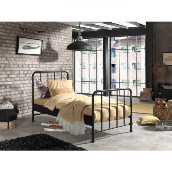 Vipack Bronx Bed - Black