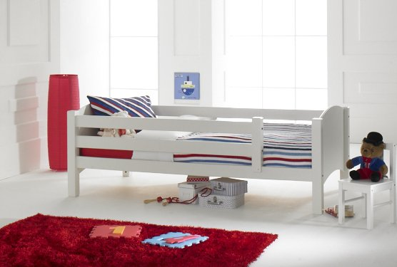 Convertible Starter Bed