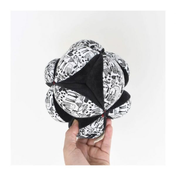Wee Gallery Puzzle Ball