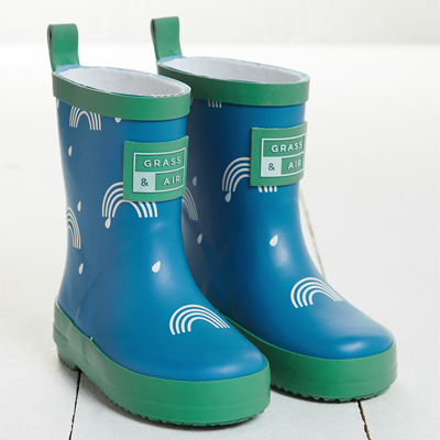 grass and air wellies
